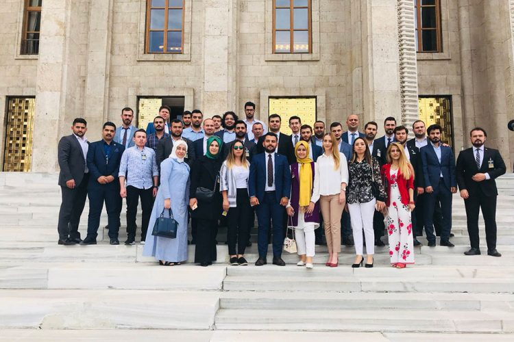 2018-siyasi-ve-burokrasi-gezisi-(2)